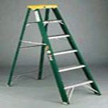 STEP LADDER 6 FT FIBERGLASS