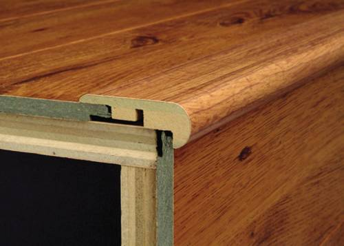 FLUSH STEP NOSE MOULDING MAPLE SELECT