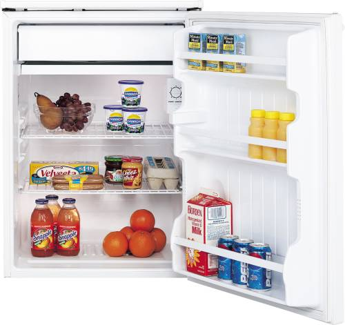 GE 5.7 CU FT SPACEMAKER COMPACT REFRIGERATOR WHITE