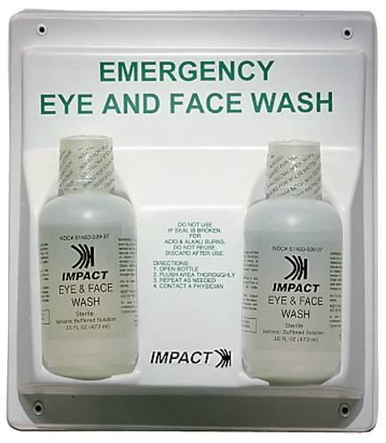 DOUBLE EYE WASH AND FACE WASH STATION WITH 16 OZ BOTTLES
